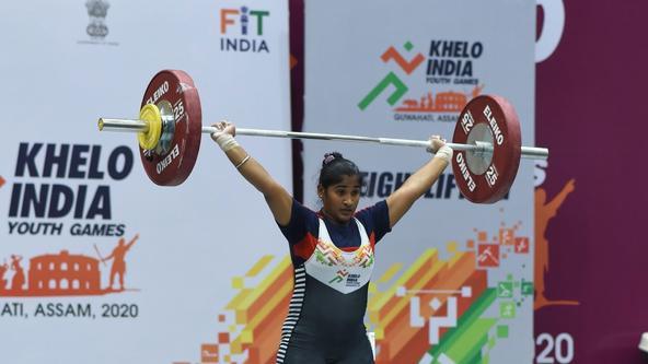 At 15, Tamil Nadu's golden lifter Poorna is a breadwinner too